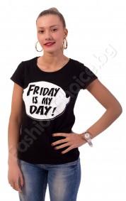 """Дамска блуза """"Friday is my day"""" в бяло, розово и черно"""