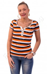 Дамска блуза на големи райета с копчета на деколтето