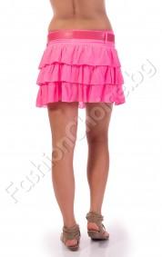 Къса пола на волани в искрящо розово