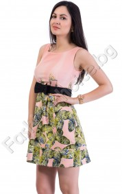 Великолепна рокля в свежи нюанси с подплата от тюл