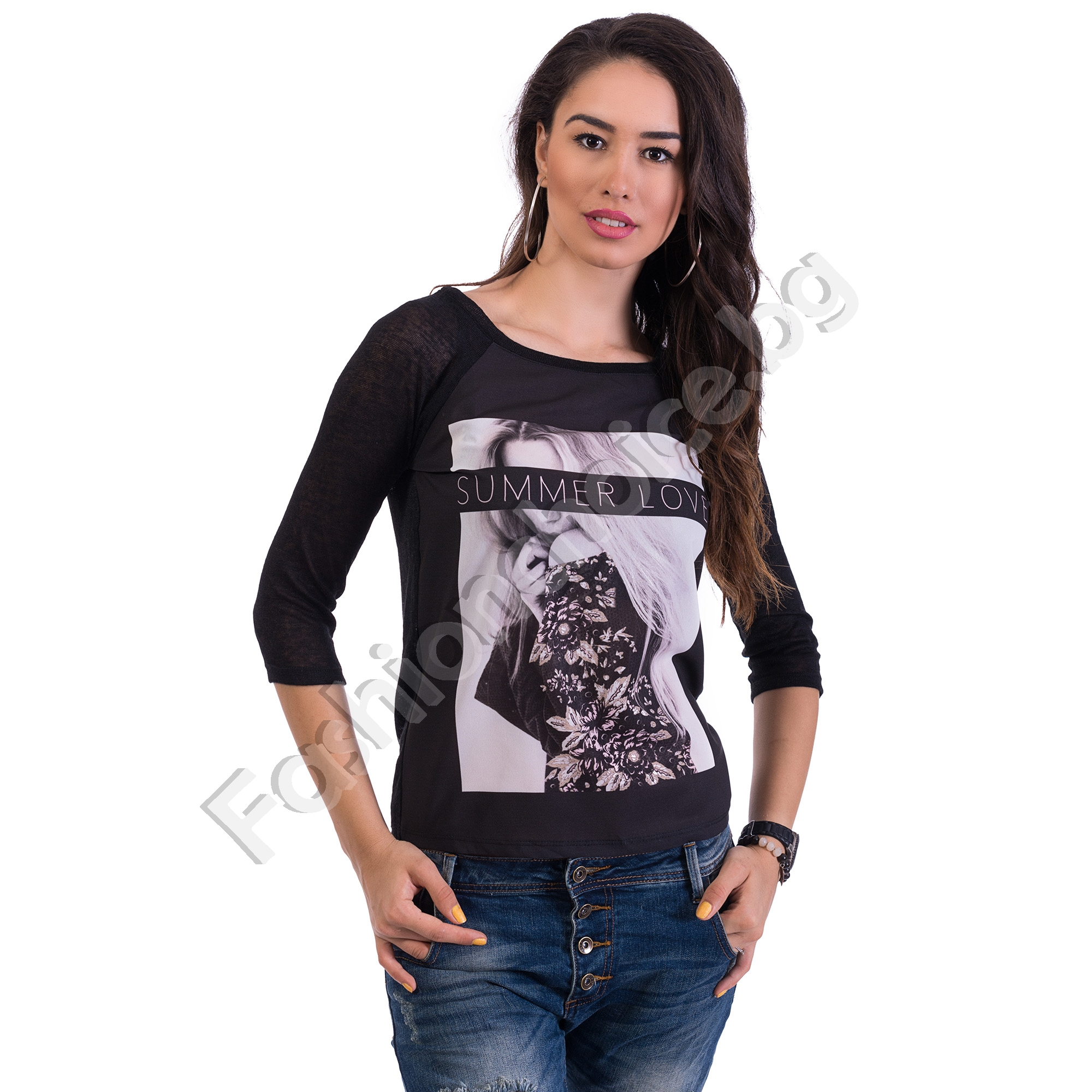 Ефектна дамска блуза с щампа на жена SUMMER LOVE