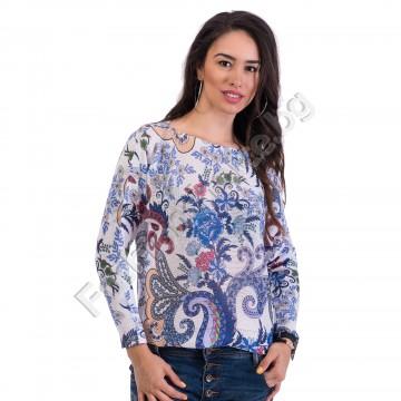 Нежна дамска блуза от плетиво в 4 флорални десена