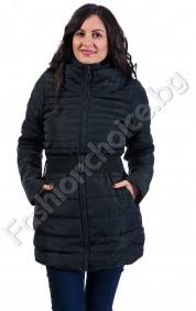 Дълго зимно яке в три цвята с колан и махаща се качулка