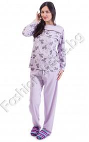 Удобна дамска пижама на нежни листенца в три десена