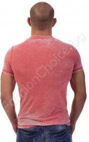 Мъжка тениска с щампа на жена и UK в актуален цвят