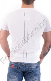 Памучна мъжка тениска в бяло с щампа и надпис TO HELL WITH IT