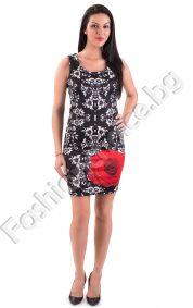 Разкошна дамска рокля в два десена на цветенца и червена розаРазкошна дамска рокля в два десена на цветенца и червена роза