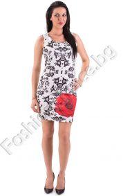Разкошна дамска рокля в два десена на цветенца и червена роза