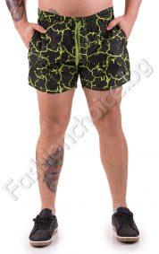 Къси панталони тип шорти в актуален камуфлажен десен