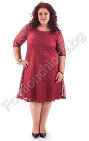 Дълга официална рокля с дантела в големи размери