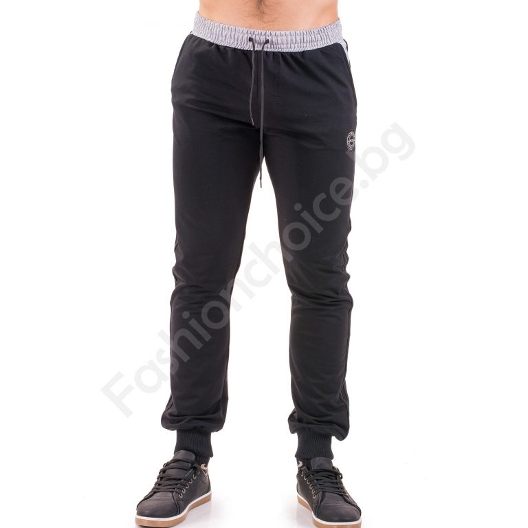 Ефектно мъжко спортно долнище в черно и сива платка
