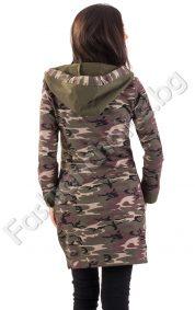 Дълга дамска риза с качулка и камуфлажен гръб