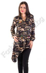 Екстравагантна дамска риза в актуален камуфлажен десен