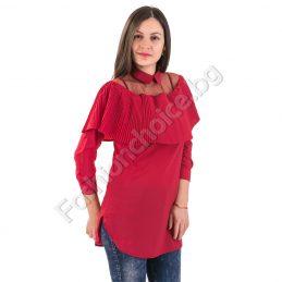 Дълга дамска риза с тюл в празничен червен цвят