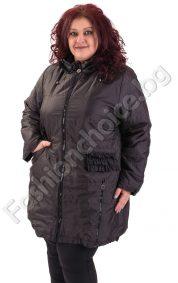 Топло макси яке в два цвята с воланчета на джобчетата