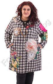 Прелестно макси палто на флорални мотиви с красива брошка