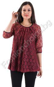 Дантелена дамска блуза в три Дантелена дамска блуза в три ефектни десена ефектни десена
