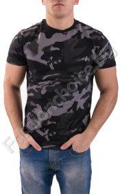 Актуална мъжка тениска в камуфлажен десен