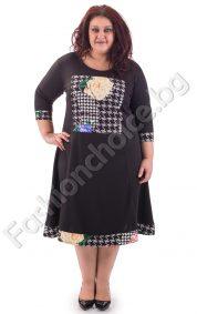 Ефектна макси рокля в черно с флорални мотиви