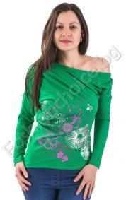 Свежа дамска блуза с прилеп ръкав и флорални мотиви