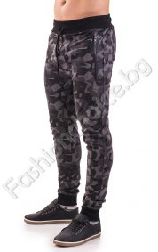 Камуфлажно мъжко спортно долнище с джобчета