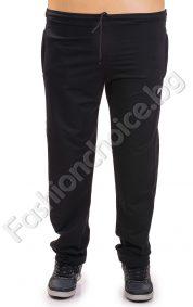 Спортно мъжко долнище в черен цвят /макси размери/
