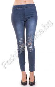Кокетен дамски клин в светло синьо с капсички на коляното