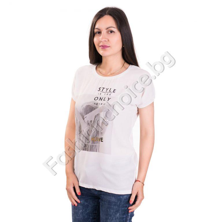 Дамска блуза с щампа и надпис в бял цвят