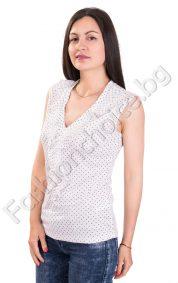 Дамски потник в бяло на точки с интересно деколте