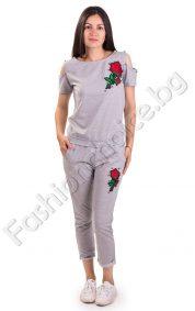Красив дамски комплект от две части за лятото с роза