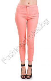 Изчистен дамски панталон тип клин в четири летни цвята