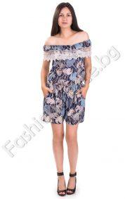 Нежен летен къс гащеризон с окрасителна дантела и голи рамене