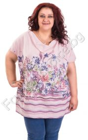 Нежна дамска блуза с флорални мотиви и гръцко деколте