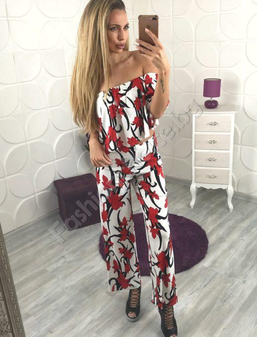Моден дамски комплект от бюстие и дълъг панталон в бяло