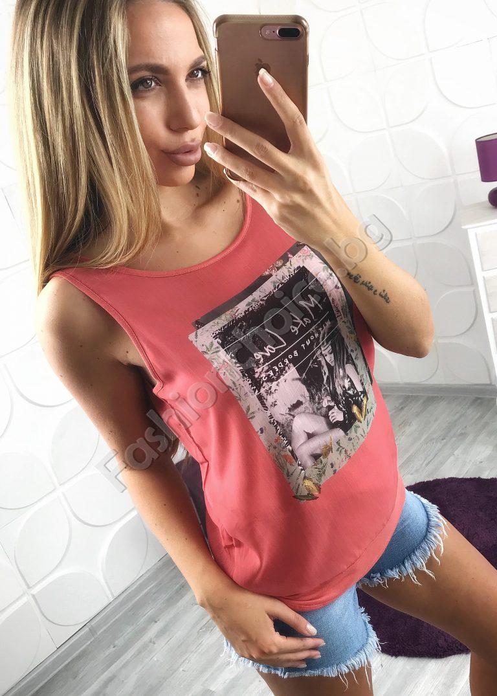 Красив и нежен дамски топ с щампа в два цвята