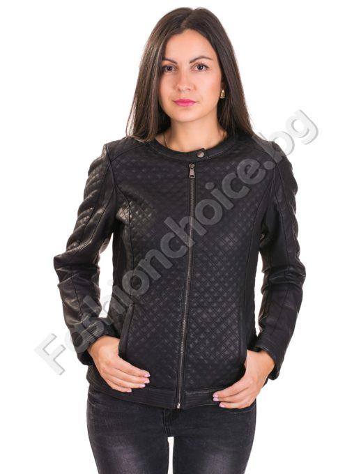 Кожено дамско яке на ромбчета с джобчета