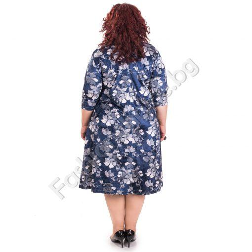 Комфортна дамска рокля в големи размери на цветенца