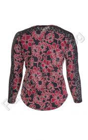 Нежна дамска блуза с дантелени мотиви на цветя