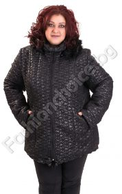 Топло дамско яке с качулка от еко косъм за макси дами