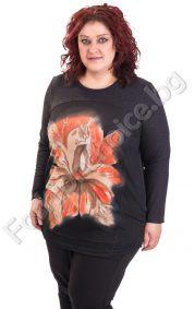 Топла дамска туника с голямо красиво цвете/големи размери/