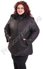 Плътно дамско яке от релефен шушляк за макси дами