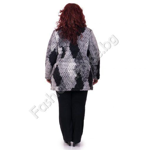 Кокетно вълнено макси палтенце за макси дами