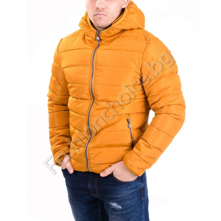 Плътно мъжко яке с качулка в два модерни цвята