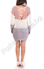 Плетена дамска рокля с V- образно деколте и изрязан гръб