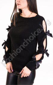 Оригинален дамски пуловер със закачливи панделки по ръкавите