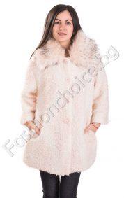 Късо дамско палто от букле в преливащи нежни цветове