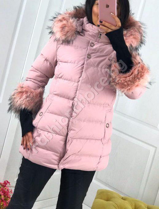 Модерно дамско плътно яке с ръкавели и еко косъм