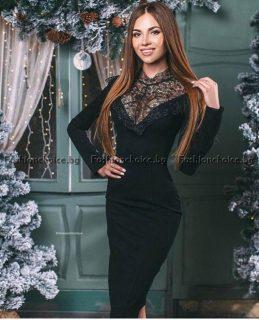 Изискана дамска рокля с дантела в черно