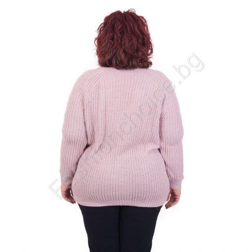 Топъл макси пуловер с красива плетеница
