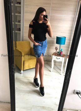 Дамска дънкова пола с надран ефект и секси цепка